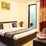 OYO Homes Pitampura Lok Vihar
