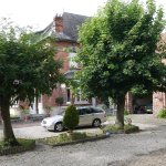 Charming courtyard at Au Vintage