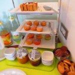 buffet dei dolci preparati da Tania