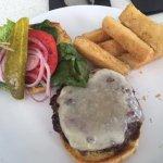 Costa d'Este burger