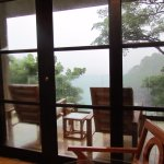 2nd sitting area overlooking private beach and rain forest