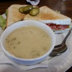 BLT & soup of the day (broccoli)