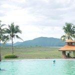 Photo de Kaengkrachan Boathouse Paradise Resort