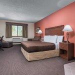 Grand/Honeymoon Suite