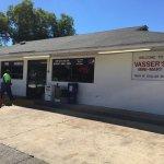 Vasser's Mini Mart resmi