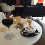Photo de Hotel Le Saint-James Relais & Chateaux