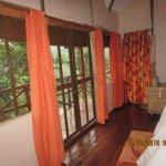 Gorilla Safari Lodge Photo