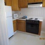 Jr. Suite 607 kitchen area
