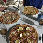 Enormes pizzas.