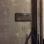 Photo de Travelodge Bath Central