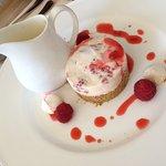 Eton Mess cheesecake with cream