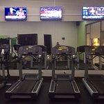 Une partie de la salle de fitness