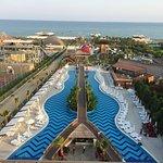 Photo de Saturn Palace Resort