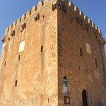 Einer der vielen Verteidigungstürme von Mallorca. Diente in der Vergangenheit zum Schutz der Bev