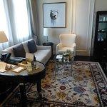 Room 1511 Living Room