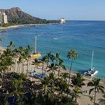 Photo de The Royal Hawaiian, a Luxury Collection Resort