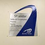 Bevile Hotel Foto