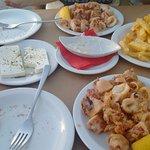 Halaris Ouzery Foto