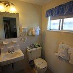 Room Full Bath