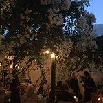 Foto de Avra Restaurant - Garden