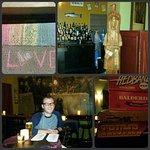 Foto de Tom's Little Havana Cafe