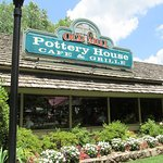 Foto de The Old Mill Pottery House Cafe and Grille