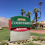 Courtyard Palm Springs