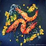 Entrée : crevettes tigre, sauce vierge
