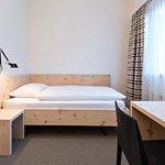 Economy single bedded room