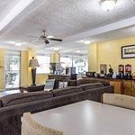 Econo Lodge Byron/Old Macon Rd Foto