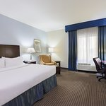 Foto de Holiday Inn Express Hotel & Suites New Iberia-Avery Island