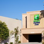 Holiday Inn Express Hotel & Suites Woodland Hills