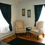 Photo de The Rose Petal Inn Bed & Breakfast