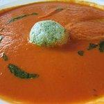 Tomato soup w/mozarella & basil dumpling