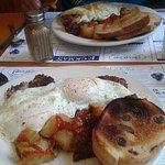 Hash and eggs w/cinnamon raisin toast