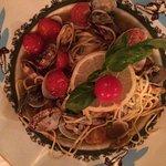 Nudeln und Ravioli mit schwarzen Trüffeln, Carpaccio, Tagliata, Entrecôte mit Bratkartoffeln, Sp