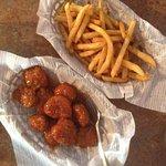 Boneless Wings and Fries
