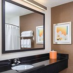 Fairfield Inn & Suites Holland Foto