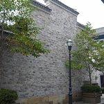 Cumbreras estilo Ming en altas paredes