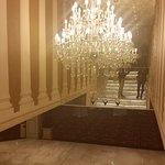 Peermont Metcourt Hotel at Emperors Palace Photo