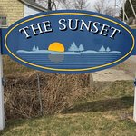 Welcome to The Newly Renovated Sunset Motel