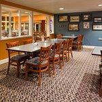 Photo of Holiday Inn Detroit Lakes