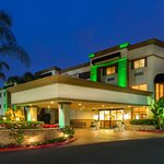 Holiday Inn Orange County Airport-Santa Ana