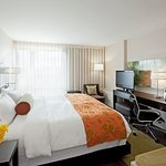 Hotel Indigo Boston - Newton Riverside
