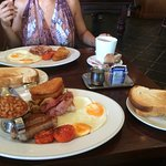 Big breakfast & Paddy's breakfast