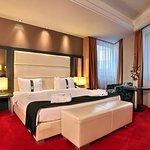 Holiday Inn Belgrade Foto