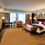 Royal Mediterranean Hotel Foto