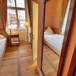 Hotel Schloss Burgellern Foto