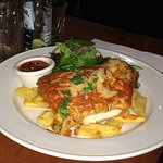 Chicken Parmigiana - good size size and delicious.