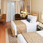 Photo de Crowne Plaza Hotel Dubai